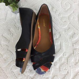 NWOT Black Peep Toe Flats 8.5